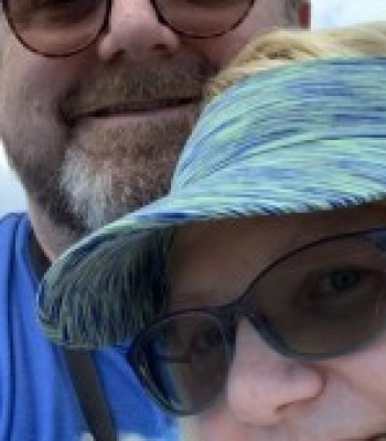 Profile picture of hotwifeandhubby12